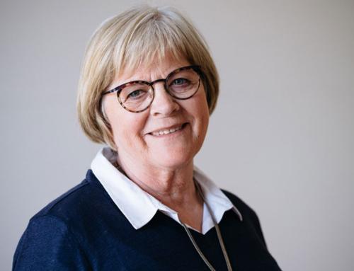 Anne Bertelsen, hvis mand har lymfekræft, går altid med til møderne i LyLe